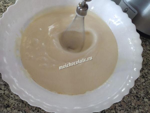 Пирог на кефире с какао
